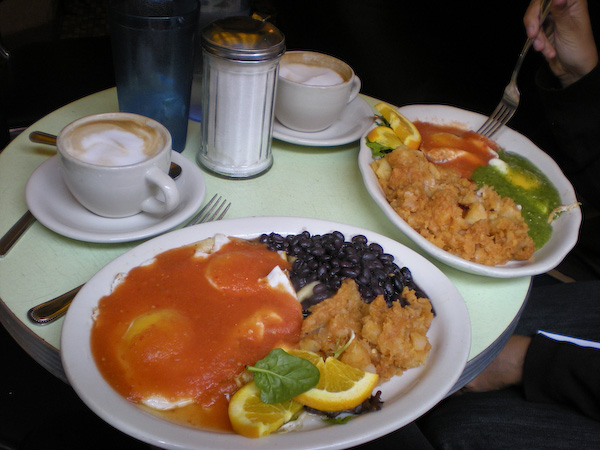 Huevos at Cafe Havana